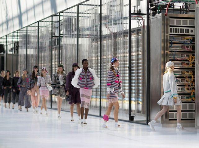Ambiance électrique chez Chanel