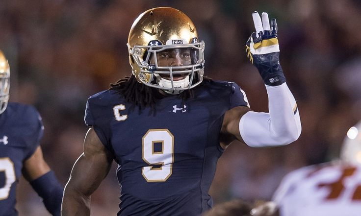 Cowboys draft linebacker Jaylon Smith = The Dallas Cowboys selected linebacker Jaylon Smith with the No. 34 overall pick in the 2016 NFL Draft.....