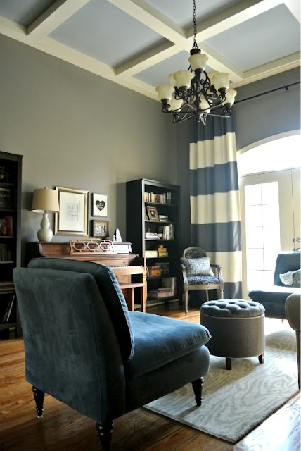 http://www.overstock.com/Home-Garden/Hand-tufted-Cosmose-Blue-Wool-Rug-5-x-76/4870197/product.html    rug