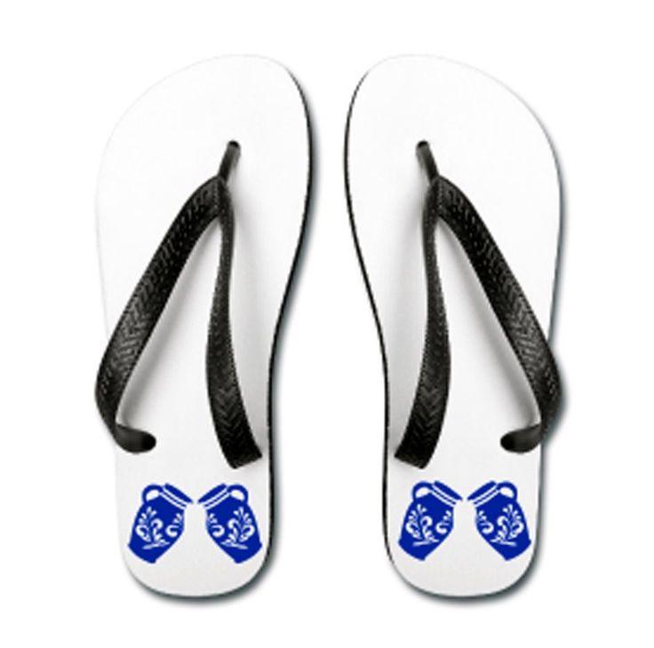 BEMBEL SCHLAPPE   Flip Flops – Frankfurter Strand Sandalen mit Bembel Motiven aus Frankfurt.  Die Frankfurter Strand Sandalen gibt es zur Zeit in zwei Ausführungen und sind direkt im Bembeltown Onlineshop erhältlich: Preis je Paar 25.90€ www.Bembeltown.Spreadshirt.de  Artikel Nr. 28903349 und Artikel Nr. 28904717 - #Bembeltown #Bembel #FlipFlops #Sandalen #Strandsandalen #Shoes #Bembelschuhe #Apfelwein #Fashion #Modeblog #Fashionblog #FashionPorn #Style #StyleBlog #meinFrankfurt #Frankfurt