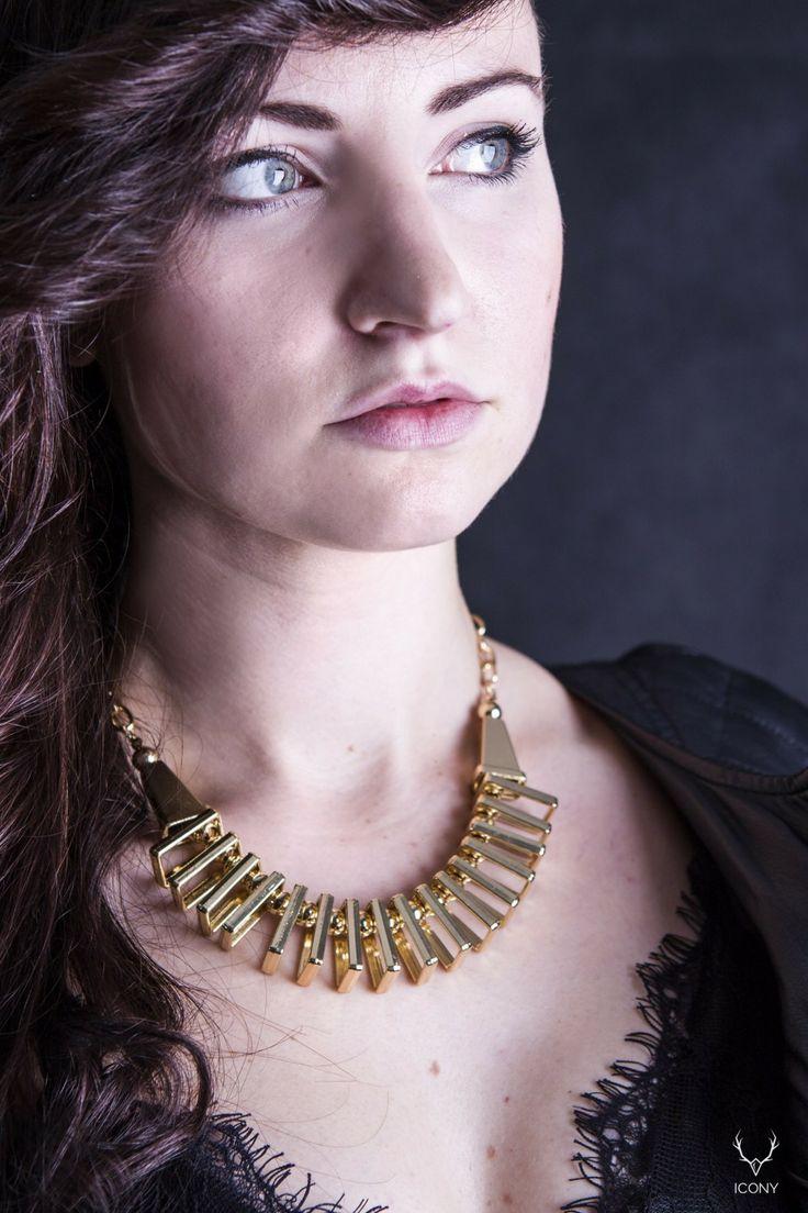 #gold #necklace #stradivarius
