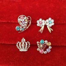 Корейский полноценно ретро рубашка небольшим воротником контактный алмаз воротник воротник кнопку цветок брошь корсаж не вишня лошадь иглоукалывания иглы женщина