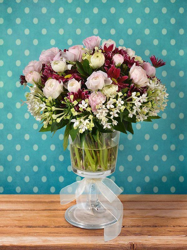 Sevdikleriniz için yeni bir Çiçek Esintisi olmaya geliyoruz. Çok yakında web sitemize ulaşabileceksiniz.