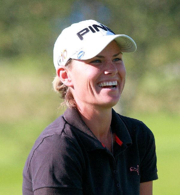 Lee-Anne Pace, winner of the inaugural Sunshine Ladies Tour at Sun City.  After 8 wins on the Ladies European Tour, she finally pulled it off and made her first win on home ground.  #LeeAnnePace #SunshineTour #LadiesGolf @LeeAnnePace #InvestecCup
