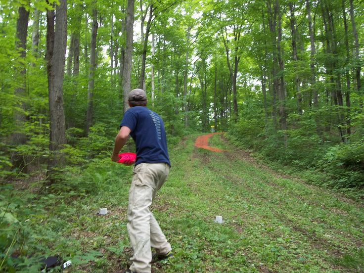 Come play Disc Golf with your friends at Hardwood Ski and Bike for only $5.00!!
