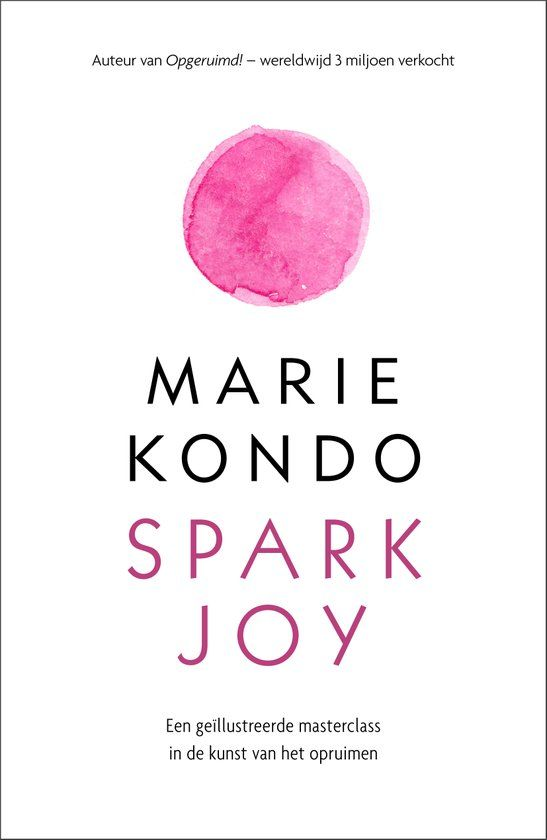 Marie Kondo's unique KonMari Method of tidying up is nothing short of life-changing -- and her first book, The Life-Changing Magic of Tidying Up, has become a worldwide sensation. In Spark Joy, Kondo presents an in-depth, illustrated manual on how to declutter and organize specific items throughout the house, from kitchen and bathroom items to work-related papers and hobby collections. User-friendly line drawings illustrate Kondo's patented folding method.