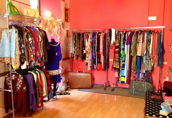 00da82f395 La mejor guía para comprar ropa de segunda mano en Madrid -  Tablondeanuncios.com
