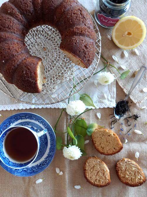 Budín de Earl Grey, limón y miel. El budín ideal para la hora del té. Perfumado y delicioso. Camembert Cheese, Tea Party, Ideas, Food, Chocolate Cookies, Honey, Dishes, Pastries, Sweets
