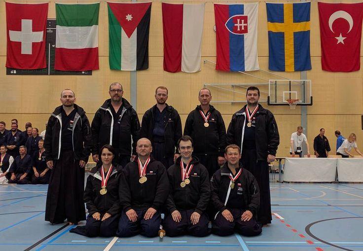 Pracownik Katedry Polityki Pieniężnej i Rynków Finansowych dr Tomasz Gabrusewicz zdobył 2 brązowe medale - indywidualnie w kategorii 2 dan i drużynowo na Mistrzostwach Europy Jodo w szwajcarskim Magglingen