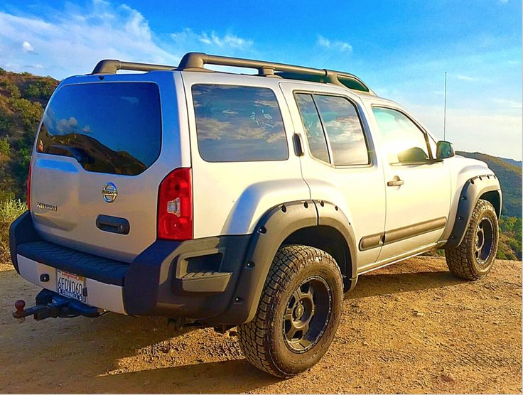 best 25 nissan xterra ideas on pinterest used nissan xterra nissan 4x4 and 2015 nissan xterra. Black Bedroom Furniture Sets. Home Design Ideas