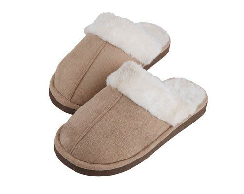 "Di's Home Decor on Twitter: ""Faux Lambswool Slippers -Ivory £9.00 #slippers #fauxfur #winterwarmers #winteriscomming #WinterIsHere #buyonline #onlineshopping #wineoclock https://t.co/W61CBzu5l4"""