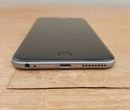 Apple iPhone 6 Plus review, get features and specs on the iPhone 6 Plus