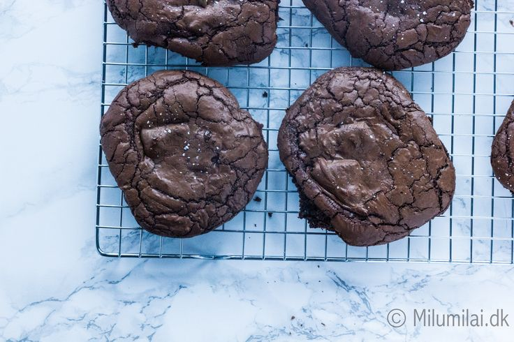 The BEST chocolate cookies filled with NUTELLA and CARAMEL
