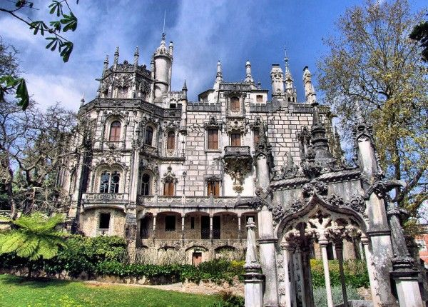 Gorgeous Quinta da Regaleira Palace in Sintra, Portugal