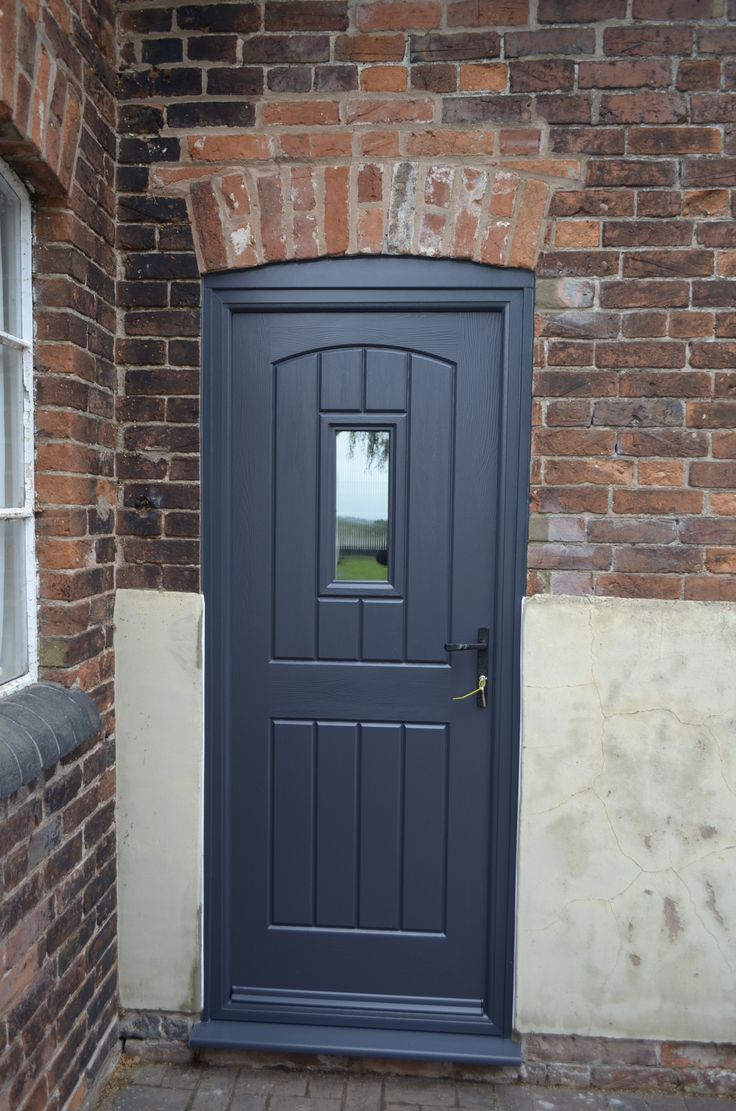 Rockdoor English Cottage Plain http://www.verysecuredoors.co.uk/rockdoor_composite_ultimate_english_cottage.html