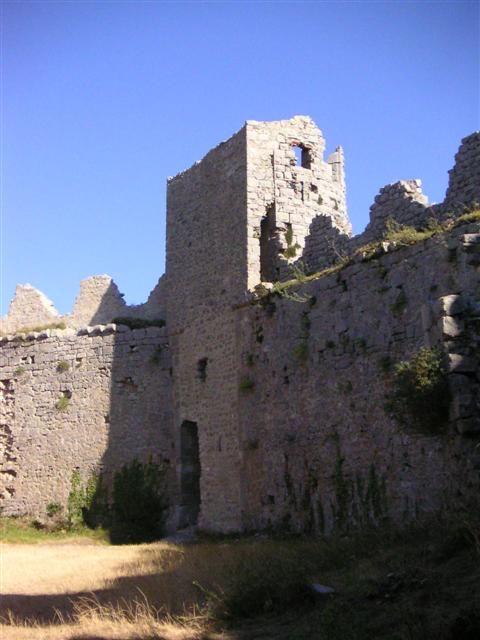 Château de Puilaurens www.audetourisme.com