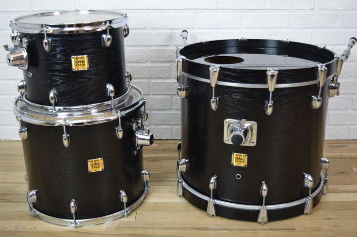 Yamaha Oak Custom drum set kit near MINT-used drums for sale
