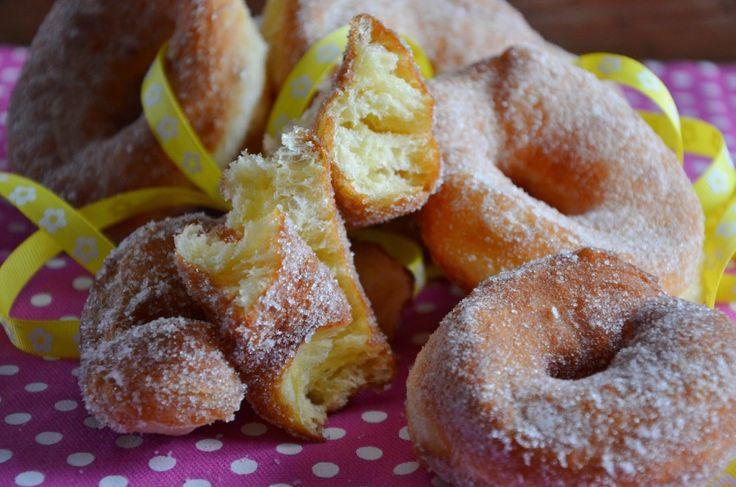 Pasta Brioche Di S.De Riso , Ciambelle fritte