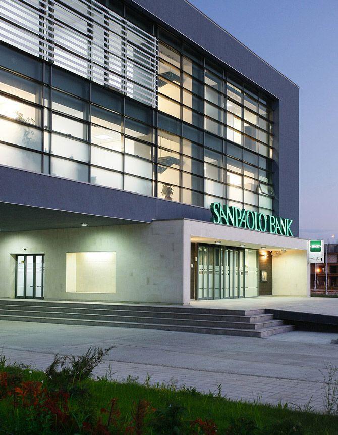 Modern Bank Design Futuristic And Studio Architecture