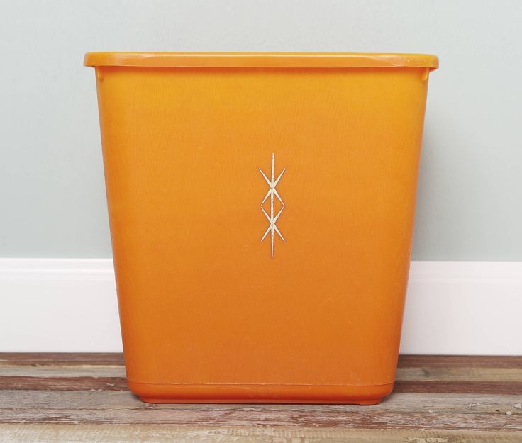 Mid-Century Atomic Style Waste Basket Garbage Bin-Starburst Orange Plastic Trash Can-Vintage Recycle Bin-MCM Decor Home Retro by MaisieEllens on Etsy https://www.etsy.com/listing/541201817/mid-century-atomic-style-waste-basket