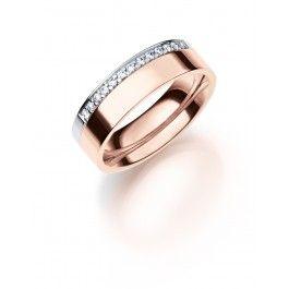 Smakfull+förlovning/vigselring+i+18k+rosa-och+vitguld+från+Schalins.+Ringen+har+13+diamanter+infattade+på+totalt+0,13ct+Wesselton+SI+,+6mm+bred+och+1,9mm+hög.+