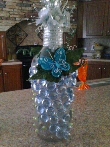 Botella con luces | botellas decoradas. | Bottle, Wreaths ...
