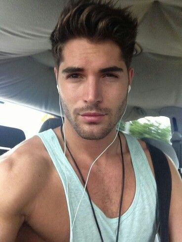 ~ Nick Bateman does good hair!