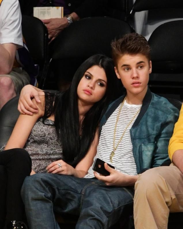 Selena Gomez and Justin Bieber spotted kissing in Oslo after rumors of reconciliation