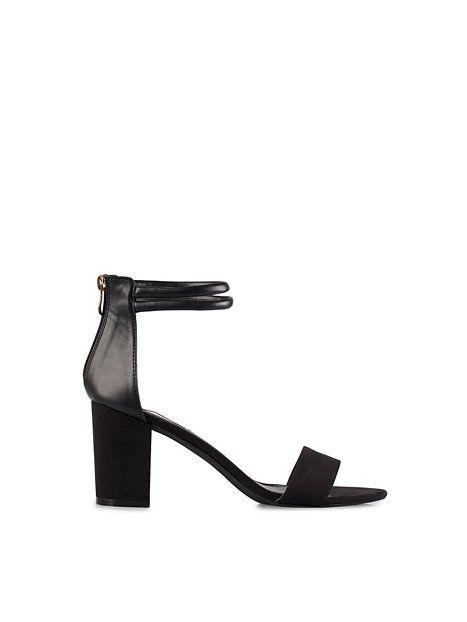 Padded Two Strap Sandal - Nly Shoes - Svart - Festskor - Skor - Kvinna - Nelly.com