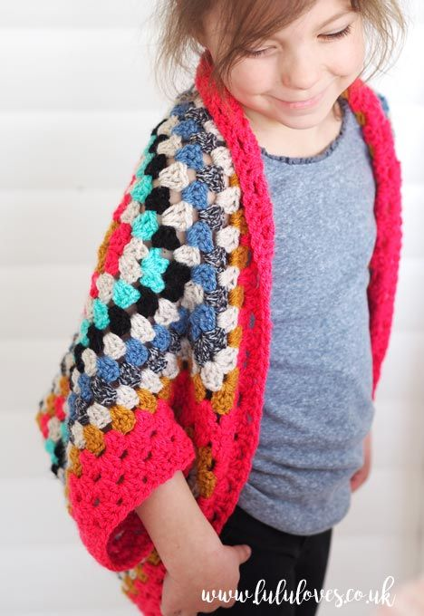 Oh how I love this! Retro granny square design turned into modern shrug. http://lululoves.co.uk/item/crochet-granny-square-shrug.html #DIY #crochet #handmade