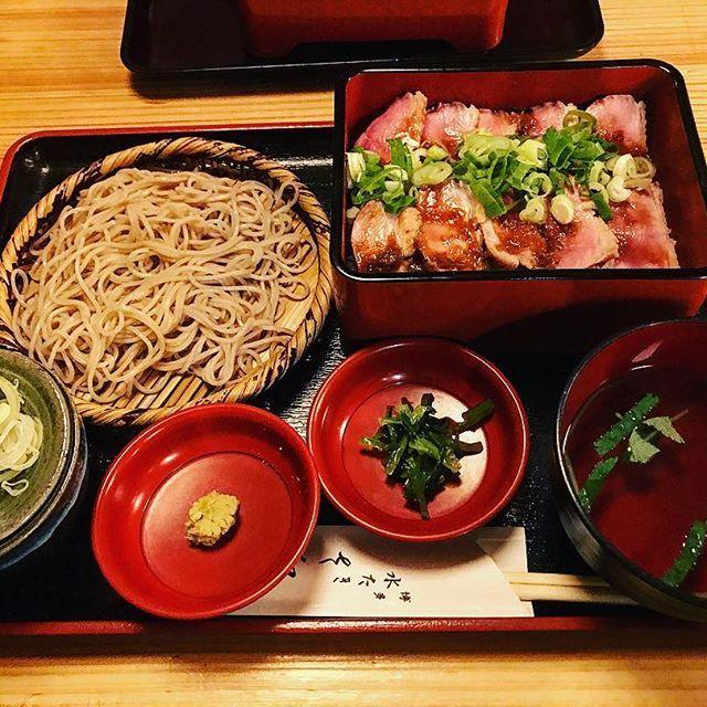 . . 『さ和鳥』 〒104-0032 東京都中央区八丁堀3丁目24−1 . 【鴨重 小せいろ】 . #food#instafood#foodstagram#foodpic#foodporn#foodie#delicious#yummy#yum#eat#tasty#japan#japanese#retrip_gourmet#肉#鴨#鴨肉#そば#蕎麦#ランチ#グルメ#食べスタグラム#食べログ#食べ歩き#おいしいものめぐり