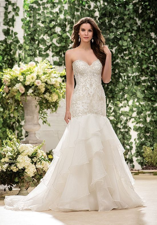 5dbd75d0594 Crystal beaded fit and flare style with over 20