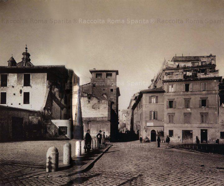 Foto storiche di Roma - Via Cavour all' incrocio con Via della Salara Vecchia Anno: Dicembre 1931