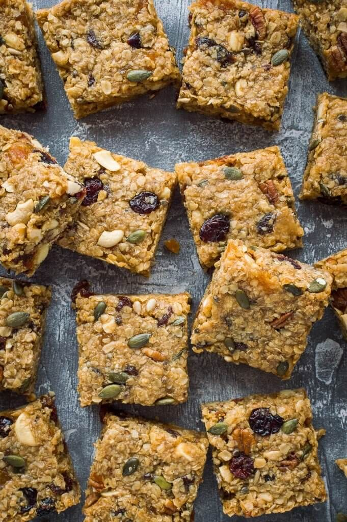Vegan Fruit And Nut Flapjacks Easy Vegan Oaty Flapjacks Oat Cookie Bars Filled With Dried Fruits Nuts And Vegan Snacks Vegan Cookies Healthy Vegan Snacks