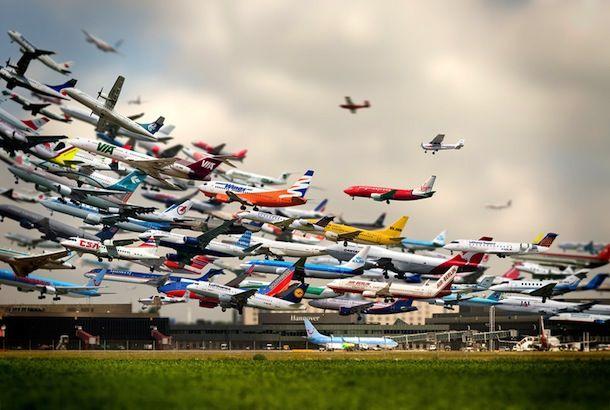 えぇどんだけ! と叫んでしまうほど飛行機が飛びまくっているタイムラプス | roomie(ルーミー)