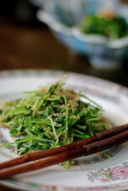 簡単&美味しい】豆苗とザーサイ ごま油風味   美肌レシピ