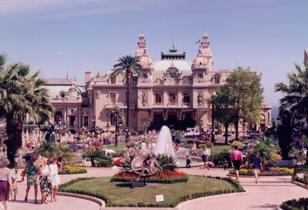 Gambling at the Casino de Monte Carlo. Worth taking a short excursion there to gamble? http://bit.ly/240gjet