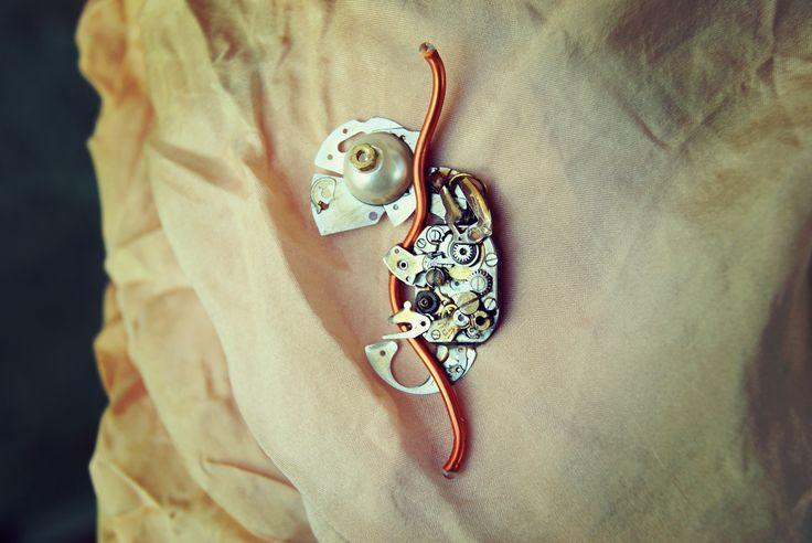 by Petra Slováková   #victorian #steampunk #steamgirls #českysteampunk #clock #historical #19th #animal #chameleon #gothic #lady #madame #alternative #fashion #gun #costume #dark #emotive #jewels #jewelry #bracelet #cosplay #handmade