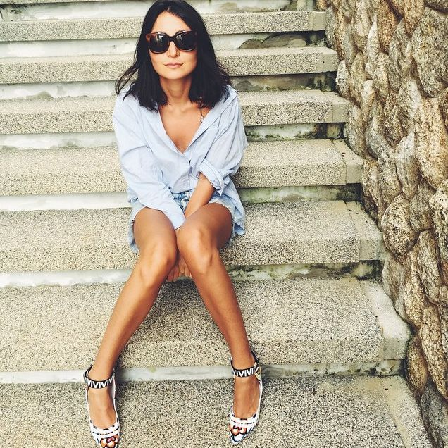 Behold the perfect button down à la Instagram: http://www.manrepeller.com/best_of_internet/man-repeller-celebrity-news.html