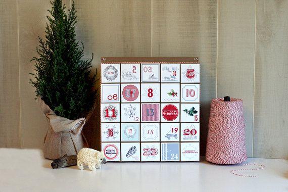 Advent Calendar / Christmas Countdown / by vintagemodernmix on Etsy