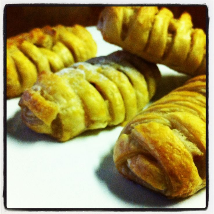 Apple and Rhubarb Pastries...