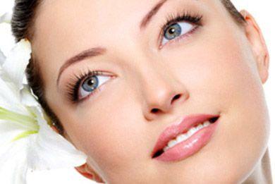 Πώς να χρησιμοποιήσετε το αμυγδαλέλαιο στο πρόσωπο σας : www.mystikaomorfias.gr, GoWebShop Platform
