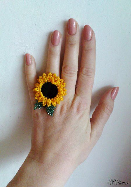 Beaded sunflower ring -- Много фото