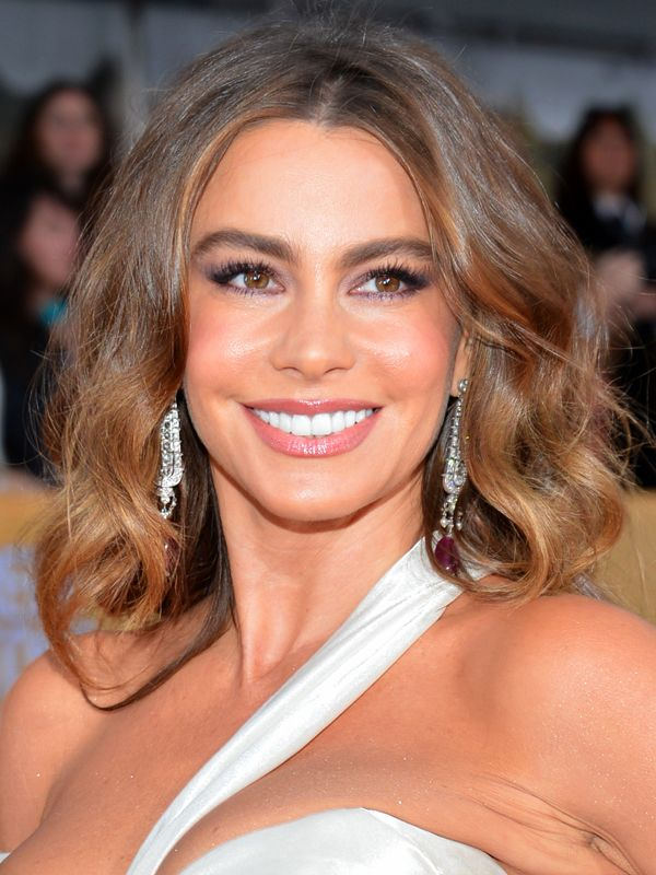 SAG Awards 2013: The 10 celebs with the best hair and makeup — Sofia Vergara http://beautyeditor.ca/2013/01/29/sag-awards-2013-the-10-celebs-with-the-best-hair-and-makeup/