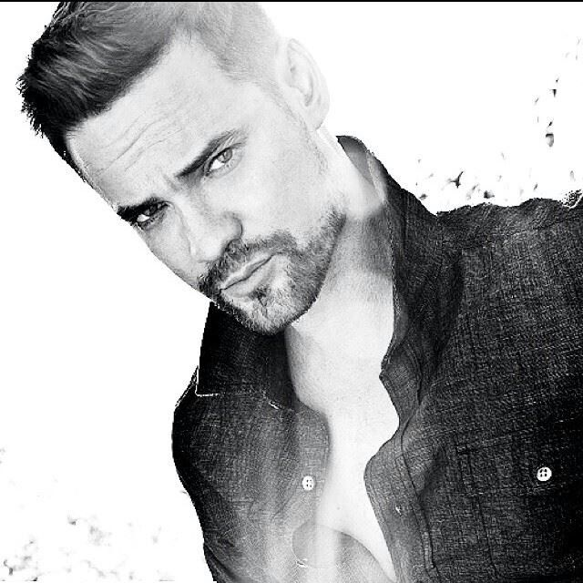 Holy shitballs, Shane West is still so fine!!