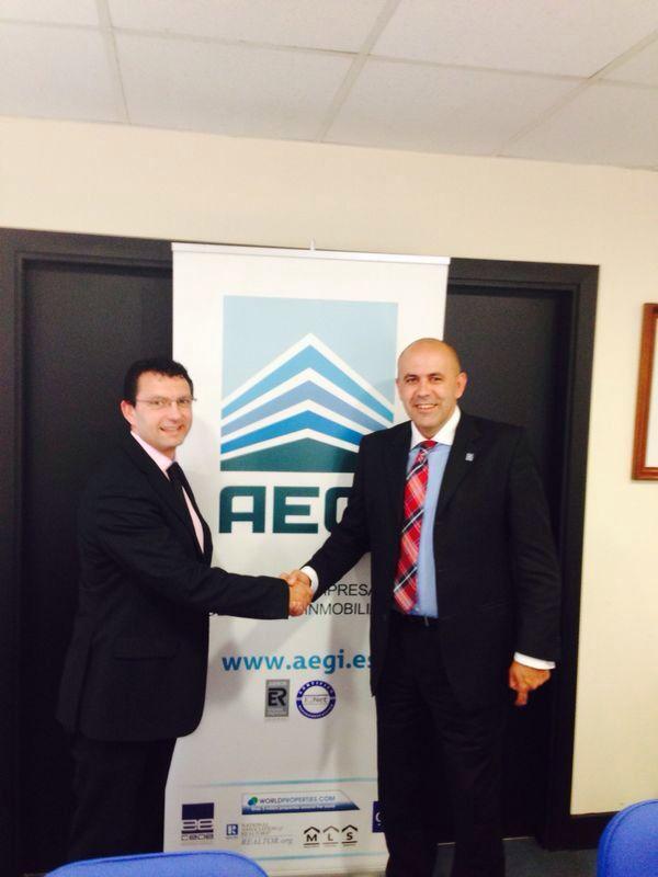 @Rafael R Tovar: Segunda reunión, firma de acuerdo de colaboración con GalileaGroup para el beneficio de nuestros asociados http://t.co/aAb2h3kszw