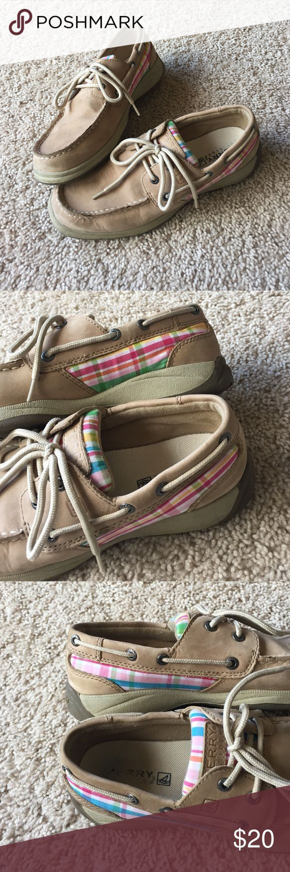EUC youth/ladies light colored plaid Sperry's These boat shoes are super comfortable. Excellent used condition. Youth size 4, equivalent to ladies' 5.5. Light colored plaid mostly blue and pink with a bit of green, yellow and orange. A bit different on each shoe. Sperry Shoes