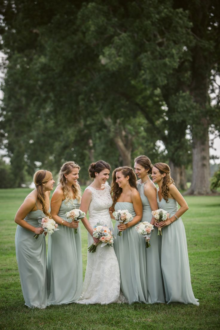The Bridesmaids Wore Alfred Angelo Sage Chiffon Bridesmaid Dresses In Wver Style They Wanted For A Chic Look That Matched Wedding Colors