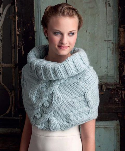 A lovely capelet
