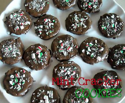 Thin mint chocolate Ritz cracker cookies- so easy to make and taste almost like a girl scout cookie! You would never guess it was a Ritz cracker!
